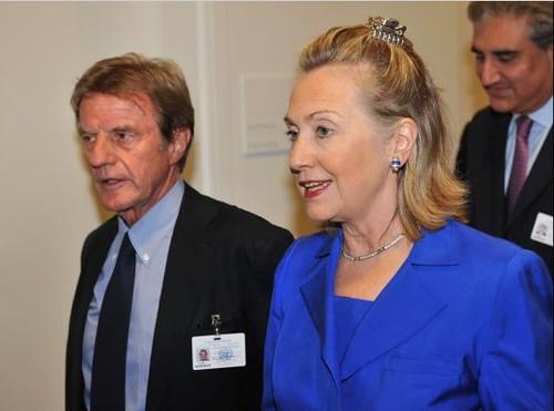 Hillary Clinton Hair Clip 1