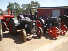 Vintage Case tractors (sv1ambo) Tags: old tractor vintage antique australian australia bulldog case international harvester lanz ih temora