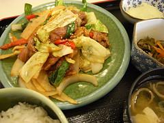 肉野菜炒め定食(800円)