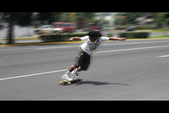 A Longboard (Gerardography) Tags: speed canon mexico 50mm guadalajara fast via filter longboard nd 18 speedy velocidad rapido fastest gdl 500d veloz longboarder recreativa recreactiva t1i
