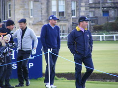 Dunhill Links Golf St. Andrews 2010 (rattling) Tags: old sport club scotland ancient andrews day hole cloudy fife kingdom competition historic course practice fairway links clubhouse par 2010 ecosse dunhill swilken chariots