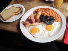 Best cooked breakfast I've had for ages and ages. (Igor Clark) Tags: food fullenglishbreakfast fullenglish hernehill cookedbreakfast cafeprov cafprov