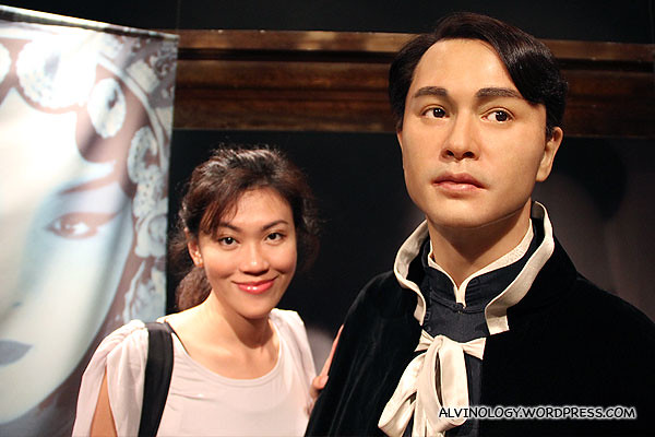 Doe-eyed Leslie Cheung