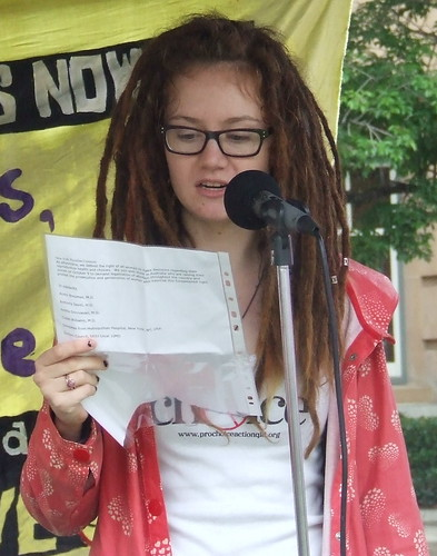 Helen Speaks at the Pro Choice Rally, Queens Park, George and Elizabeth Sts, Brisbane, Queensland, Australia 101009