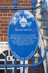 Photo of Frances Nelson and Josiah Nisbet blue plaque