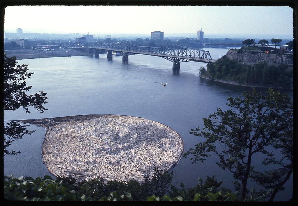 0422 Ottowa River-log raft