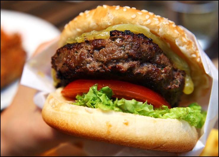 cheeseburger-deluxe