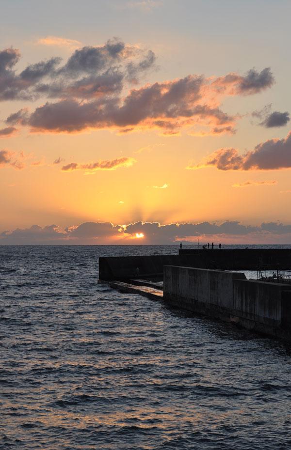 海に沈む夕日~笹川流れ