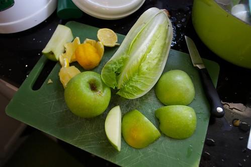 apple, romaine lettuce, lemon