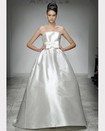 FA2011_mswed_Amsale A-Line Gown