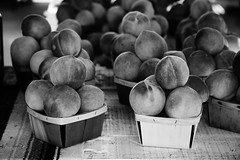 Hudson Farm Peaches (tburton) Tags: fruit georgia peach peaches fruitstand pint peck fuzz roadsidestand peachfuzz elberta bw123 hudsonfarms