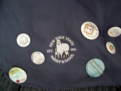 Messenger bag & pins