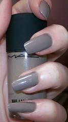 mac nail trend 10 earthly harmony flash