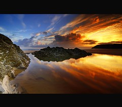 """ I THINK ITS TIME I RE VISIT "" (Wiffsmiff23) Tags: swansea reflections threecliffsbay thegower"
