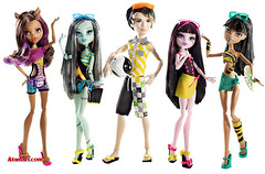 Promo Gloom Beach (Veni Vidi Dolli) Tags: dolls mattel monsterhigh