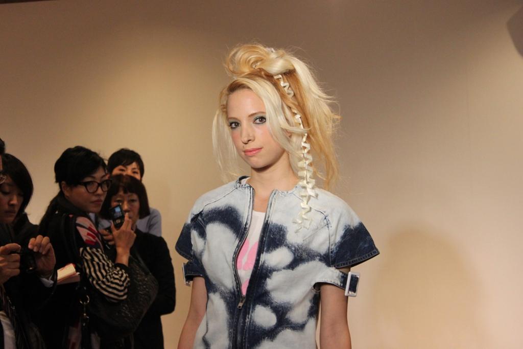"""Naoshi Sawayanagi Collection """"Japan Fashion Week in TOKYO 2010″ (8)"""
