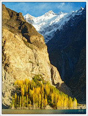 Sparkling Reality (IshtiaQ Ahmed (is Back)) Tags: pakistan lake mountains villages reality karakoram incident northernareas sparkling boatride drowned gulmit gojal ishtiaqahmed gilgitbaltistan january42010 attabad upperhunzavalley shiskat largestlakeintheworld