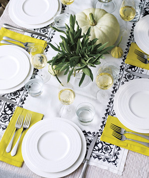 real-simple-table-setting-white-dishes_300