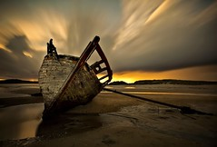 Bunbeg Shipwreck (alastair.stockman) Tags: longexposure ireland sunset irish beach canon shipwreck northernireland wreck 1740mm donegal northatlantic 2minutes bunbeg 1000x irishcoast canon1740mm 10stop nd110 canon1740f4lusm 5dmarkii 125seconds 5dmark2