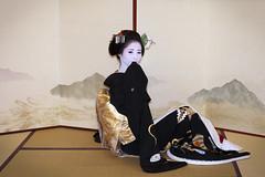 Sakkou, Mamehana #8 (Onihide) Tags: portrait japan kyoto maiko geisha apprentice kurokami gionkobu kagai 黒髪 mamehana sakkou 豆はな 先笄
