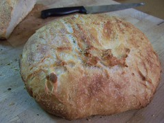 Kneadlessly Simple Bread