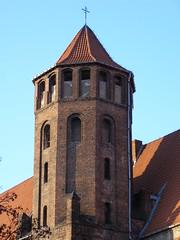 Koci w. Mikoaja (magro_kr) Tags: building tower church architecture temple poland polska gdansk danzig gdask kosciol koci wieza architektura budynek pomorze wiea swiatynia pomorskie witynia