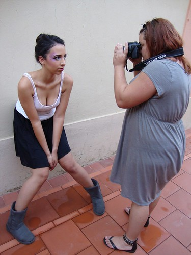 http://makeuplocalypse.blogspot.com/