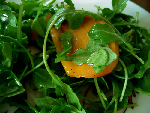 Kaki and Arugula Salad with Rice Vinegar Dressing