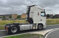 IMG_7272 (Rhoon in beeld) Tags: rhoon albrandswaard rhoonse baan portlandse barendrecht truckrun 2017 daf man terberg mercedes scania volvo truck vrachtwagen plantenhal plh transport