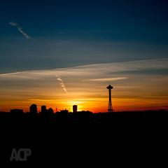 130102-DSC01167-03.jpg (anders.acp) Tags: sun winter anderscarlson sonya700 sonyalpha washington evening skyline seattle city sony 2013rylcprojectjanuary 2013 andersphotos dusk