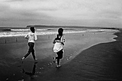 Early birds San Diego beach (johnsinclair8888) Tags: nik sliderssunday johndavis sandiego nikon beach runners women athlete ocean blackandwhite bw monochrome