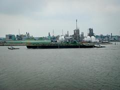 Een nieuwe binnenvaart tanker in de maak (Qsimple, Memories For The Future Photography) Tags: holland river geotagged nederland boten nederlands merwede sliedrecht rivier schepen scheepvaart nld binnenvaart sonyt30 provinciezuidholland geo:lat=5182259607 geo:lon=473201752 qsimple