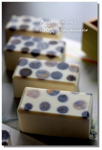 甜杏泡泡親膚皂 012
