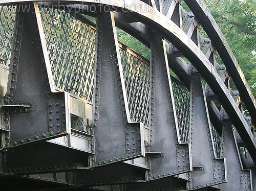 Handyside Bridge closeup of construction