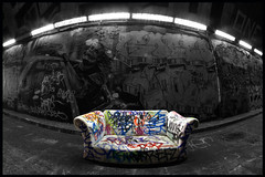 Leake Street sofa (Chrixcel) Tags: london lights graffiti lumire tag tunnel fisheye sofa londres canap robbo dsaturation leakestreet dsaturationpartielle authorizedgraffitiarea