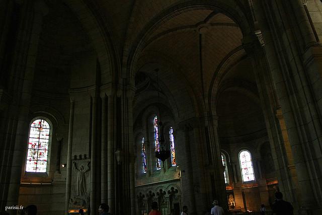 La basilique est gigantesque