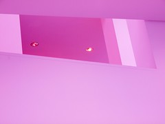 Wer soll das begreifen? (Postsumptio) Tags: pink house building lamp germany europe furniture geometry frankfurt room ceiling line diagonal singlecolor museumfrangewandtekunst two2 throughotherobject
