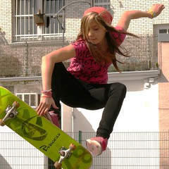 skateboard girl (Frizztext) Tags: girl skateboard wuppertal frizztext