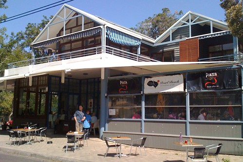 Shop/cafe at Pearl Beach