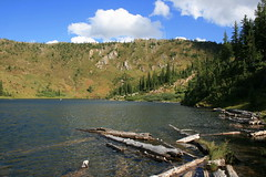 heart_pearl_lakes_20100904_061
