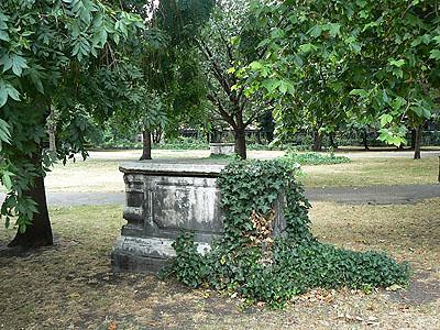 jardin de l'église de Bermondsey.jpg