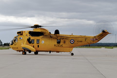 Sea King on idle. (M. Leith Photography) Tags: raf 2010 kinloss lossie15