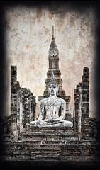 Sukhothai, Thailand (Tim Moffatt) Tags: travel blackandwhite sepia temple photography ancient asia pentax buddha buddhist extreme tourist exotic aged budha buddah 2009 highdynamicrange hdri sukothai sukhothai topaz chaing travelphotography photomatix photmatix hdrextremes extremehdr silverefex