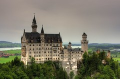 Neuschwanstein Castle (LuckMaster) Tags: castle germany bavaria neuschwanstein hdr highdynamicrange duitsland kasteel beieren luckymartijn luckyenmartijn