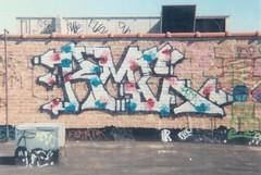 l_f5bf08b24fa12610ed516d5414915a62 (DONE UEMF) Tags: old school slash chicago greek shoe graffiti benz saw cab rip spice chitown scene nike crew xmen solo thc gigs agent done sb omen zore cmw tck fess aerosoul rudeone gtek uemf disrock
