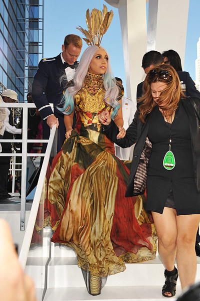 Lady Gaga Renaissance Golden Dress 2010 MTV Video Music Awards VMA 3
