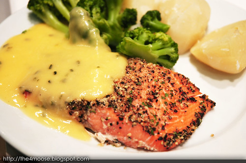 Baked Salmon with Crushed Pepper