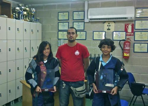 los campeones del 3x10 paula zarco y yassin hamida con victor su entrenador