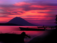 Siladen: nature paints... (il Corsaro (away)) Tags: sunset indonesia tramonto sulawesi manado siladen ilcorsaro