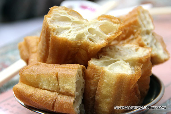 Pipping hot fried dough fritters (you tiao)